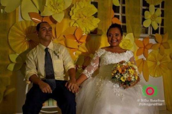 casamento-economico-manaus-amazonas-quintal-de-casa-decoracao-faca-voce-mesmo-amarelo-e-azul (25)
