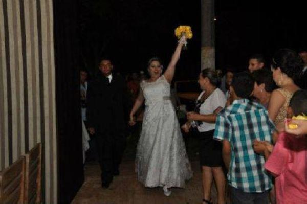 casamento-economico-parana-rustico-churrasco-vestido-da-china (30)