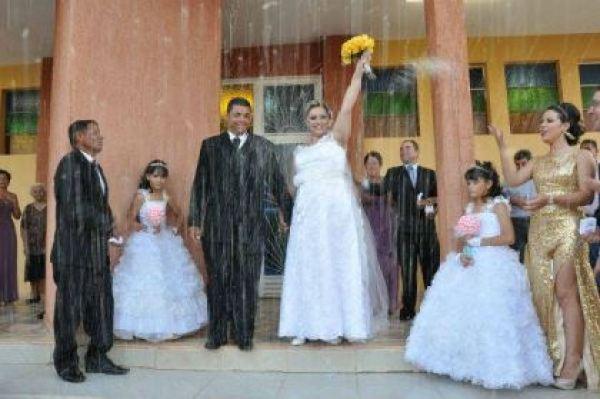casamento-economico-parana-rustico-churrasco-vestido-da-china (4)