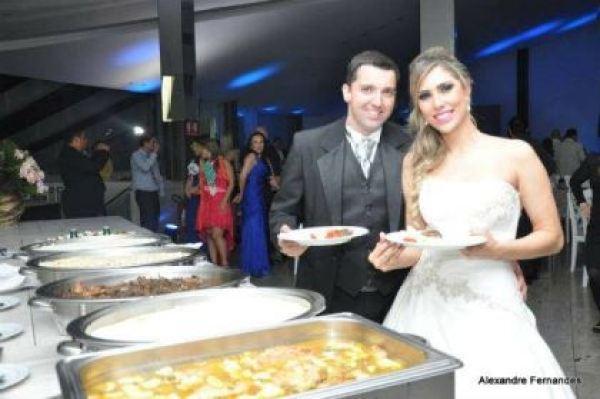 casamento-economico-por-adesao-goias-vestido-importado-recepcao-restaurante (17)