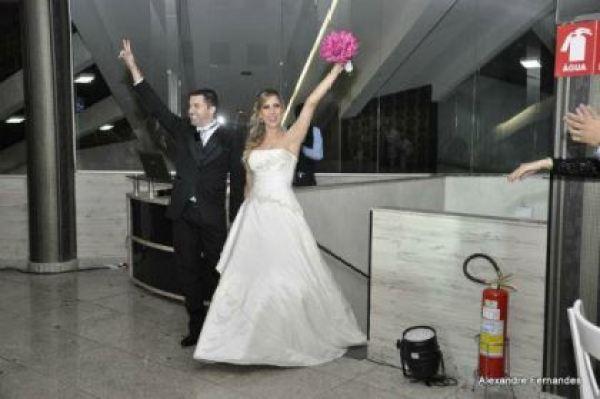 casamento-economico-por-adesao-goias-vestido-importado-recepcao-restaurante (28)