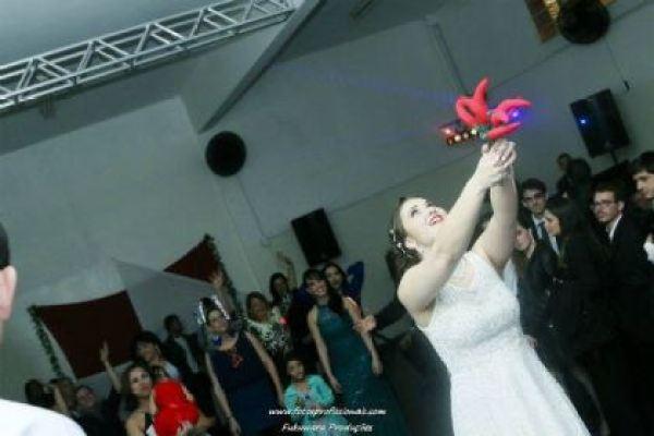 casamento-economico-sao-paulo-vermelho-e-branco-100-convidados- (19)
