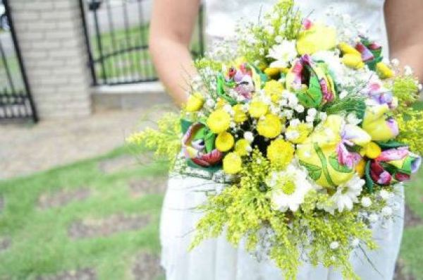 casamento-10-mil-quintal-de-casa-sao-paulo-colorido-florido-decoracao-faca-voce-mesmo-chita (1)