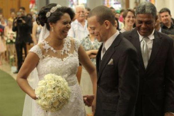 casamento-economico-interior-sao-paulo-decoracao-com-flores (14)