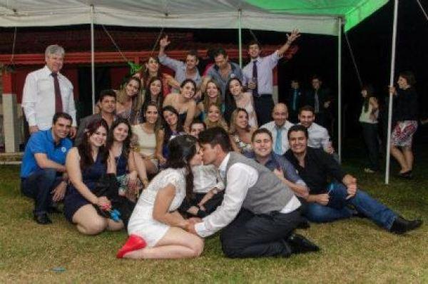 casamento-economico-minas-gerais-ao-ar-livre-divertido (33)