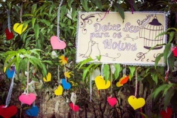 casamento-economico-mini-wedding-decoracao-com-flores-faca-voce-mesmo-rustico-romantico (10)