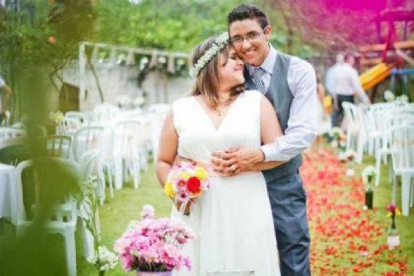 casamento-economico-mini-wedding-decoracao-com-flores-faca-voce-mesmo-rustico-romantico (23)