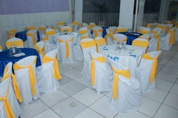 casamento-economico-sem-grana-rio-de-janeiro-decoracao-faca-voce-mesmo-azul-e-amarelo (21)