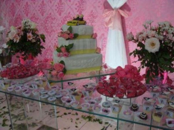 casamento-economico-Ionara-Vando-7-mil-casando-sem-grana (13)