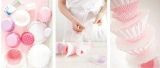 Faça você mesmo uma guirlanda com forminhas de doces