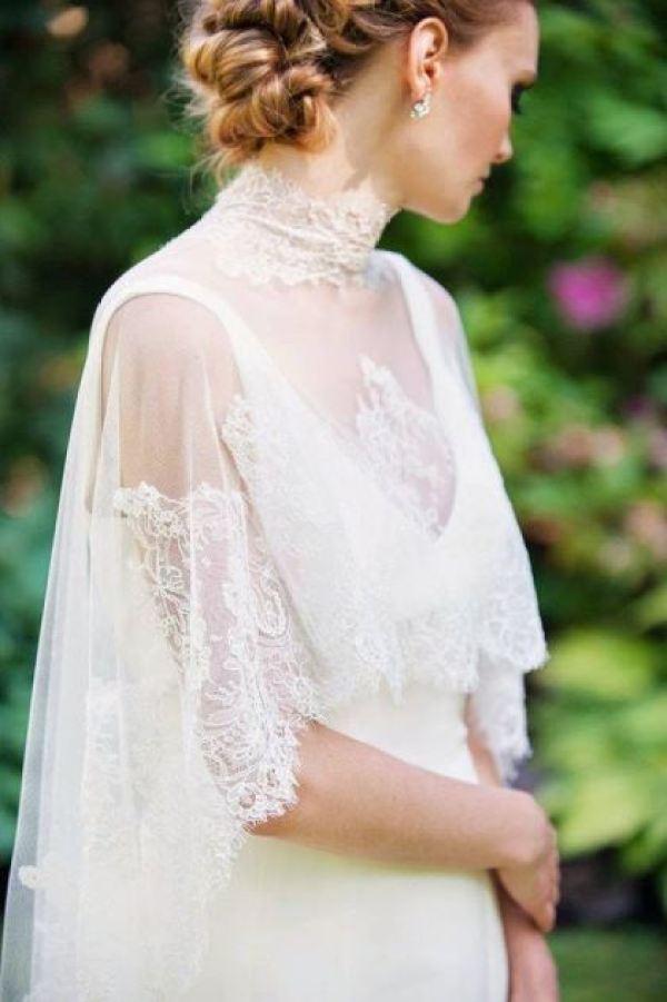 Bridal Capes: Tendência! Fonte: http://static.onefabday.com