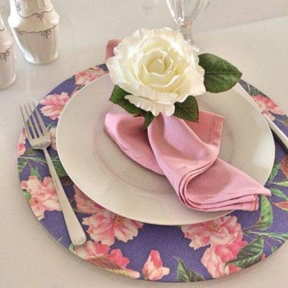 decoração casamento sousplats papelão e tecido