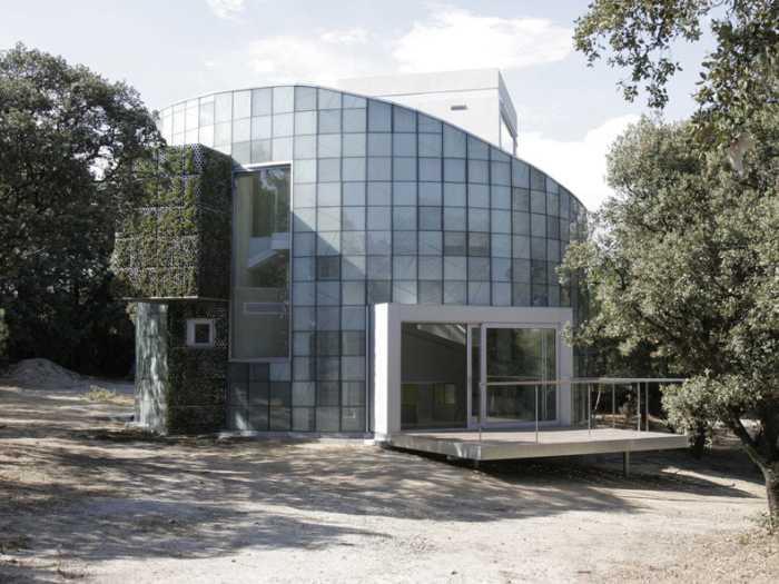 Casa moderna - obra Carlos Arroyo