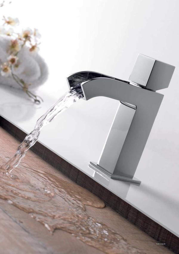 Grifo para lavabo en cascada for Grifo lavabo cascada