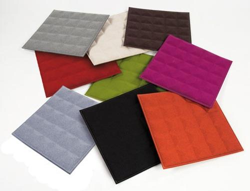 coloridos paneles de fieltro