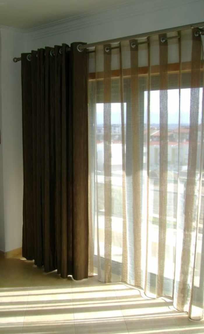Vestir una ventana tipos de cortinas for Cortinas visillo modernas