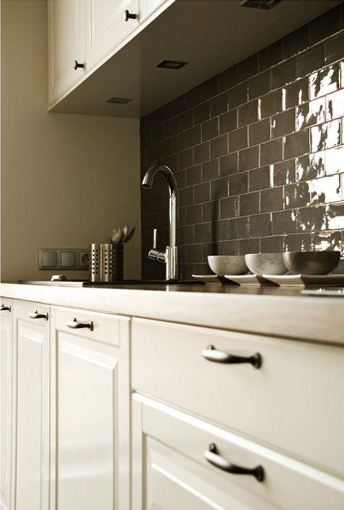 Ventajas de la pintura para azulejos - Pintar azulejos cocina ...