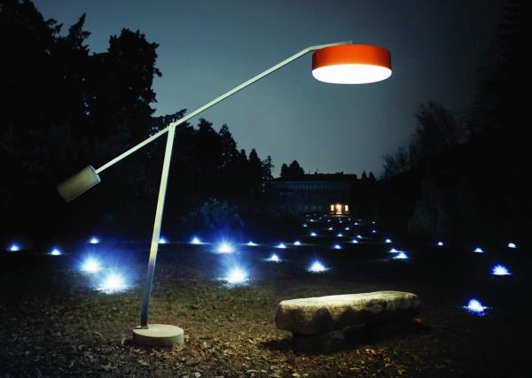 Lámpara de Pie en exteriores