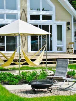 Novedosos muebles de exterior hamaca triple for Muebles jardin exterior modernos