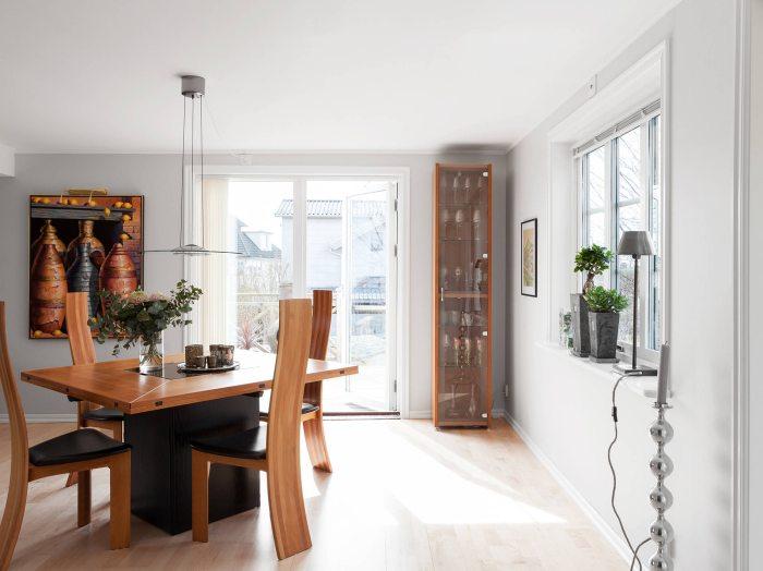 Estilo escandinavo en espacios pr cticos for Muebles vestibulo moderno