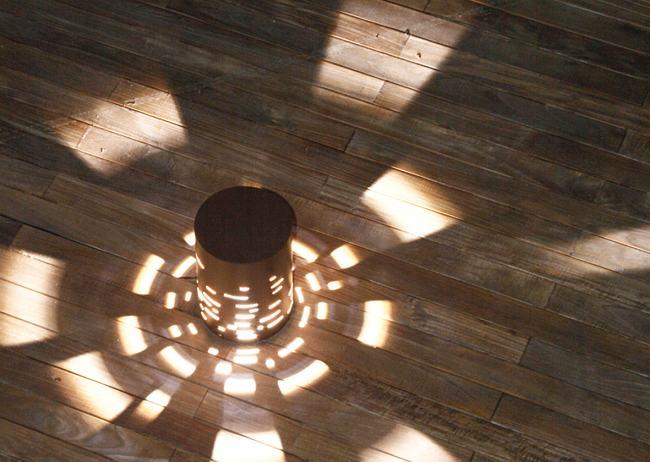 Iluminaci n de exteriores con destellos de luz - Iluminacion patios exteriores ...