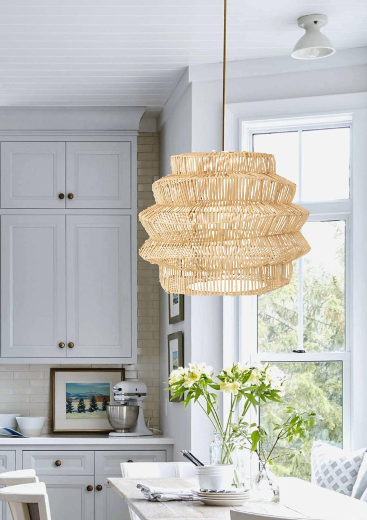 pantalla de fibras naturales en una cocina