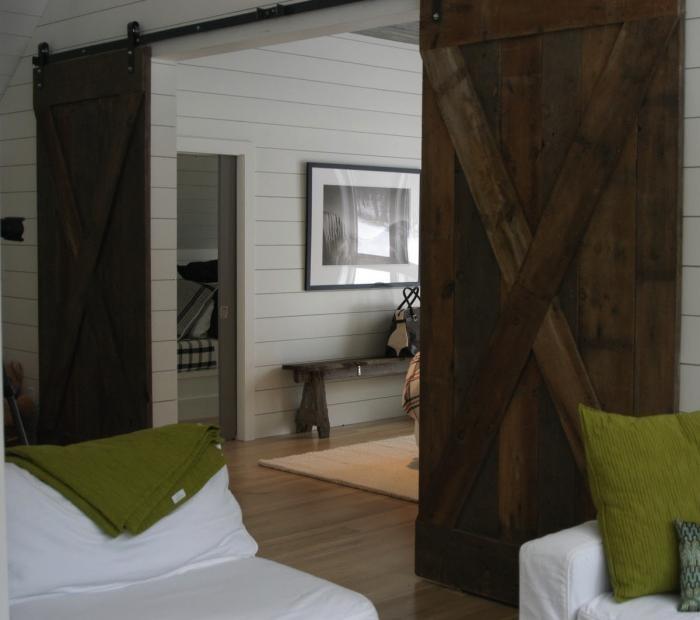 Puertas interiores de granero ideas y usos - Puertas dobles de interior ...