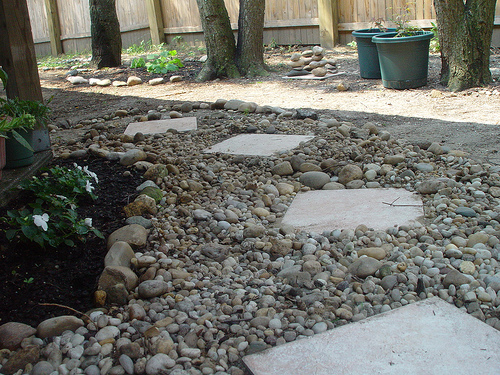 sendero de piedras