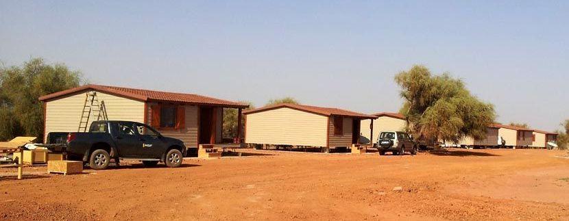 Montaje de casas modulares prefabricadas en Senegal.