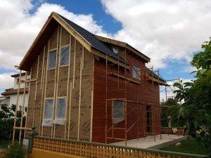Casa de madera en Requena en construcción
