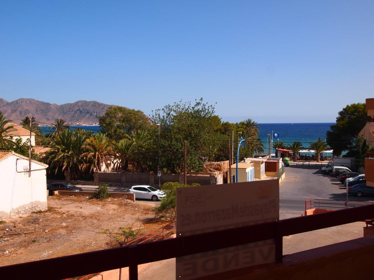 222. GREAT HOME 3BED 1BATH ON FIRST FLOOR WITH SEA VIEWS U2013 CENTER U2013 JUST 2  MIN. TO THE BEACH U2013 GARAGE 60M2