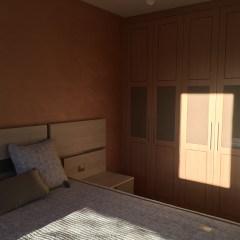 Moderno salón y dormitorio