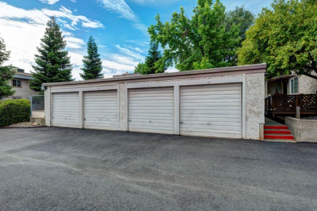 Casa Serena garages