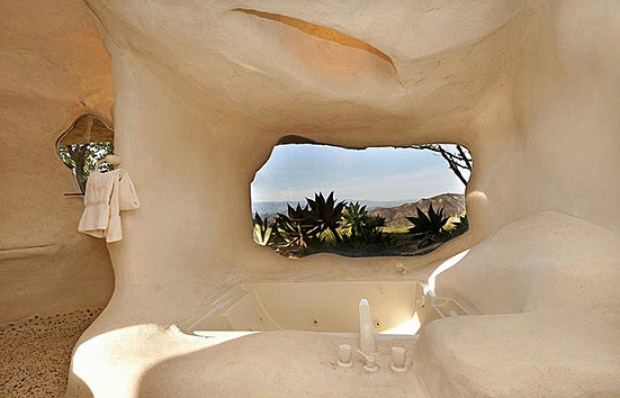 the-flintstones-house-12