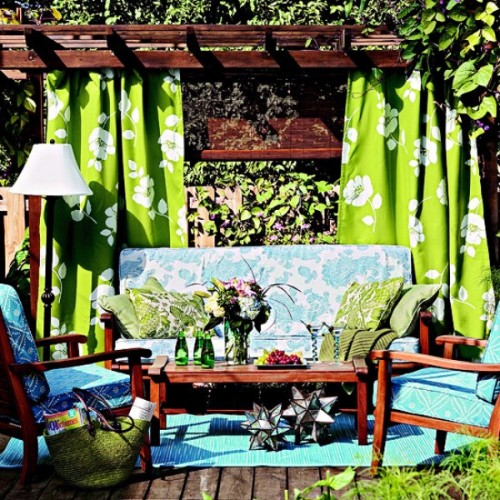 ideas-of-fabric-decor-in-your-garden-2-500x500