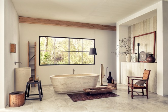 travertine-tub