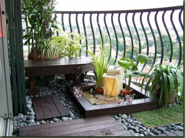 30-Ways-to-Decorate-Your-Small-Balcony-Into-an-Oasis-of-Relaxation-homesthetics-decor-ideas-1