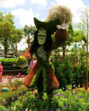 disney-characters-made-of-flowers-photos-13-362x450