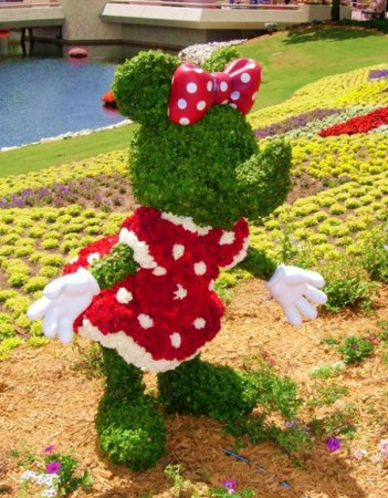 disney-characters-made-of-flowers-photos-15-351x450