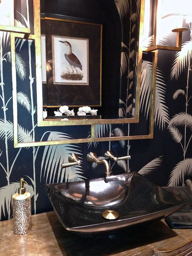 A-hint-of-metallic-glint-for-the-tropical-powder-room