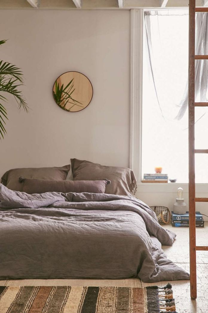 Tropical-plant-in-a-bedroom-from-Urban-Outfitters