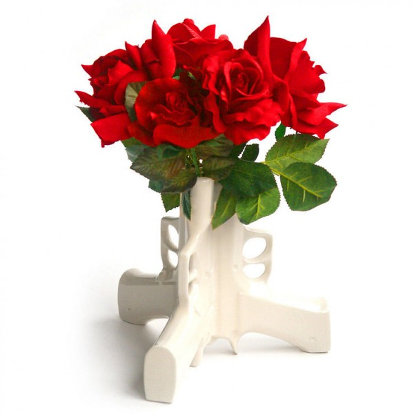 guns-and-roses-flower-vase-600x600