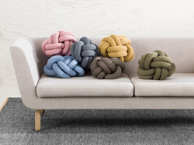 KnotCushion1-640x478