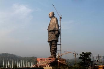 cea mai inalta statuie din lume