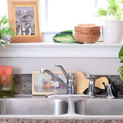 Take Back Your Kitchen: Choosing A New Kitchen Faucet
