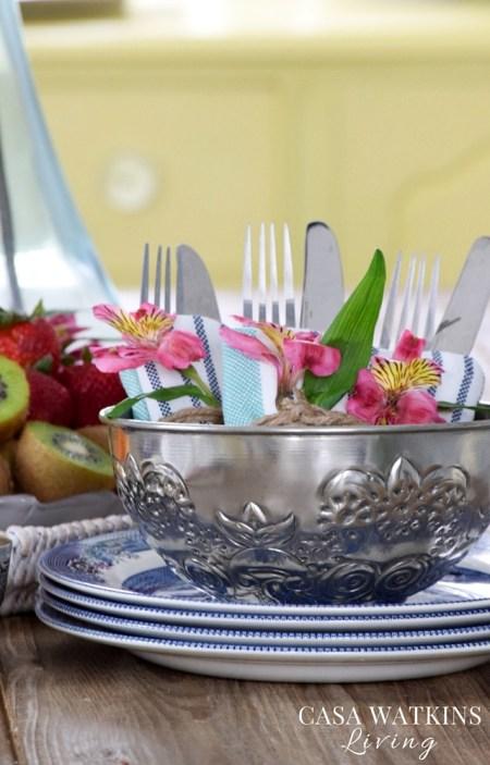 Moroccan hammam bowl table vignette