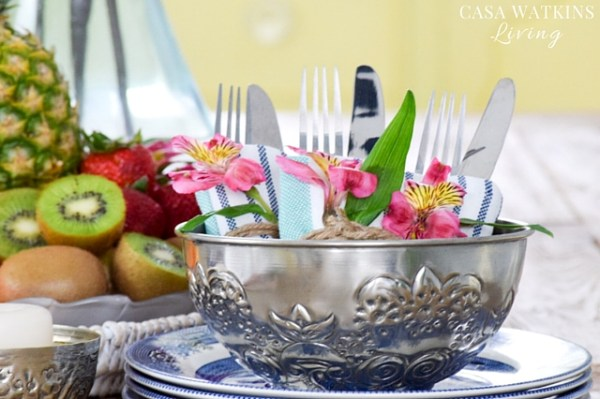 Hammam bowls great for global inspired tablescape. Use as a utensil holder.