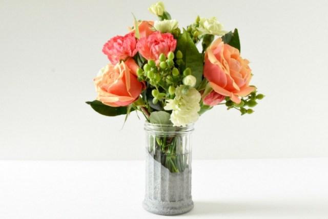 diy-faux-concrete-glass-dollar-store-vase-2
