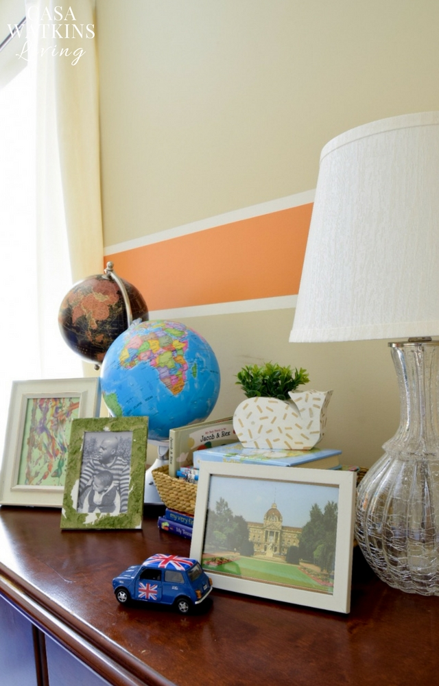 Decorate a boys room with globes
