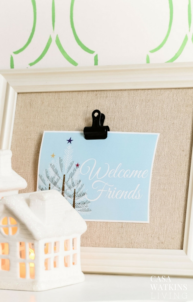 Use a clip frame to interchange a welcome sign printable